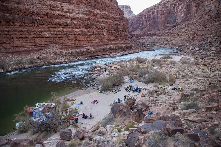 Grand Canyon Picture with Rafts by the River photo by @tom_attwater_media